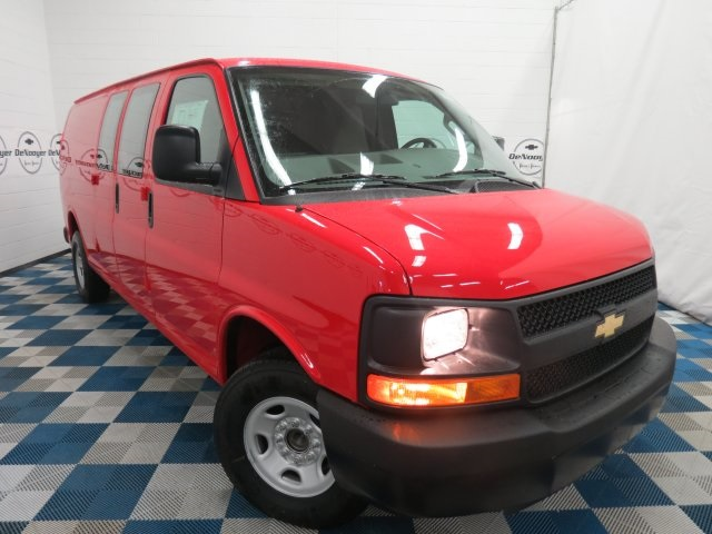 New 2016 Chevrolet Express 3500 Work Van 3d Extended Cargo